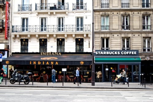 J'♡ Paris.  Indiana is a chain of Tex-Mex restaurants in Paris.
